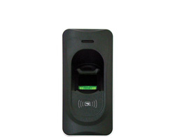 iAccess Z7 Access control system with integrated door-opening relay for external use.